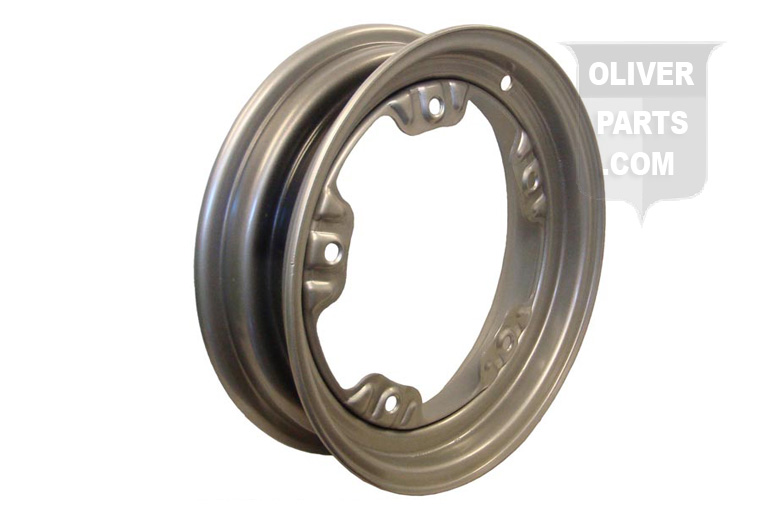 Front Wheel For Oliver 77, 88 & Supers, 770, 880 & Early 1800. 5 Bolt Front Wheel. For Tires 5:50X6:00X16\ Tires. All With 5 Bolt Heavy Cast Hub. Replaces Oliver PN#\'S: 1KS7009 & 1KAS7009A.
