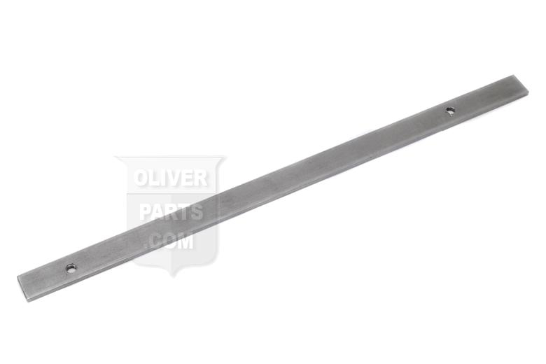 Grille screen mounting bar - Oliver 66 Oliver 77