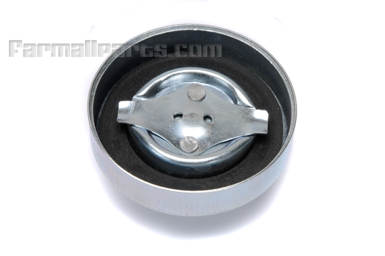 Gas Cap for the main tank (2-11/16ID) for Oliver Super 55  Replaces OEM #s AD709R, AH83351R says Buy Clean Fuel
