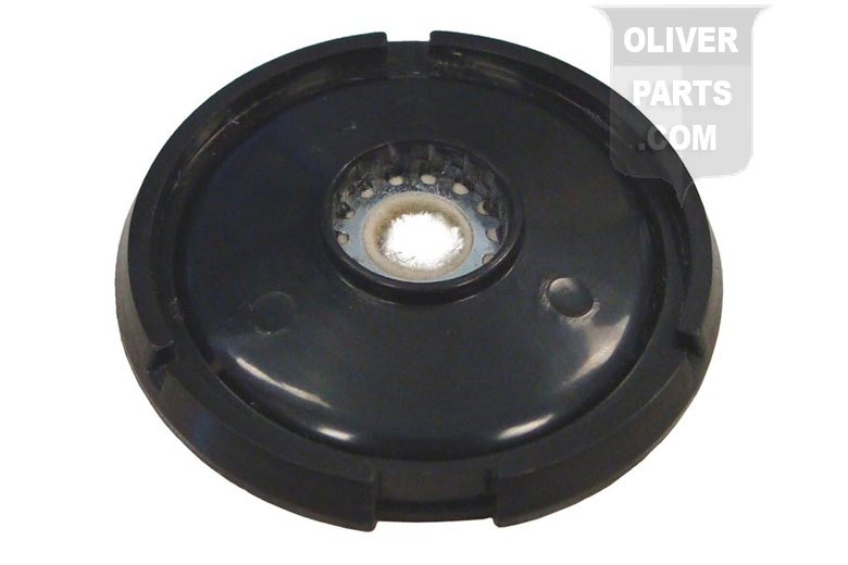 DISTRIBUTOR DUST COVER WITH FELT GASKET & WASHER --- Oliver Applications: SUPER 44, 440, 60, SUPER 55, 550, 66, SUPER 66, 660, 70, 77, SUPER 77, 770, 88, 880, 90, 99, 1600, 1800 (UP TO SN 124395) --- FOR EARLY DELCO REMY DISTRIBUTOR WITH CLIP HELD CAP