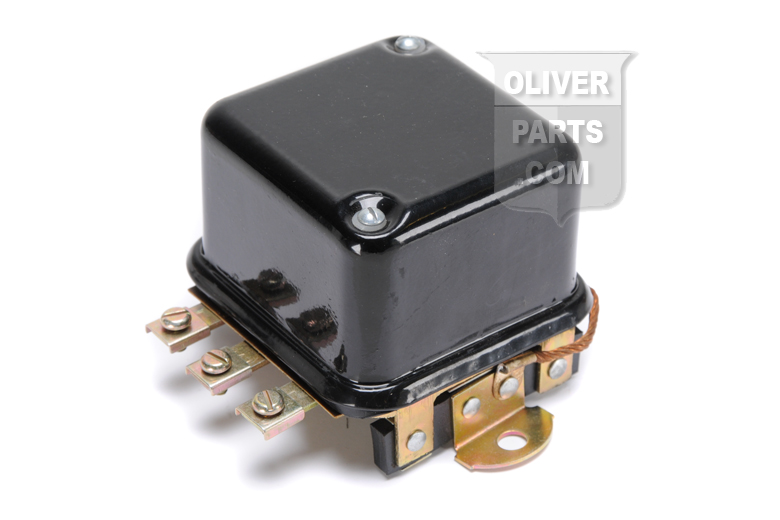 12v Voltage regulator. Fits Oliver 550 SN: 117379 & up. 770 & 880 (both up to SN: 156836 & w/ generator 1100419): 1600, 1800 & 1900 (all up to SN 147568)