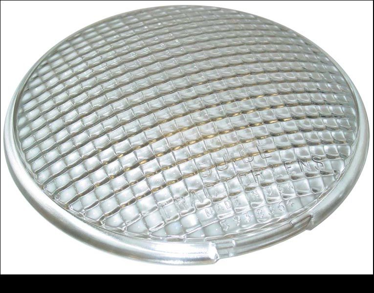 Fits Oliver: BULB STYLE LIGHT ON THE FOLLOWING:60, 66, 77, 88, 99, Super 55, Super 66, Super 77, Super 88, Super 99, 950, 990, 995 --- SERVICEABLE FOR (NOT SEALED BEAM LIGHT): 1550, 1600, 1650, 1655, 1750, 1800, 1850