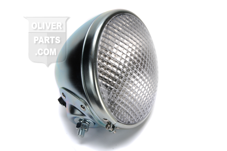 5 3/4 headlight Complete assembly - Oliver 60, Oliver 66, Oliver 77, Oliver 88, Super 55, Super 66, Super 77, Super 88, Super 99) Please let us know if you need  6V or 12V