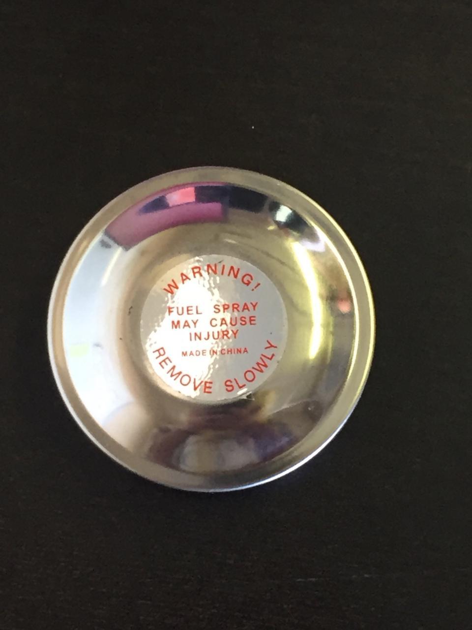 GAS CAP CASE, OLIVER - 550, 770, 880, 1600, 1650, 1750, 1800, 1850, 1900, 1950 Diesel